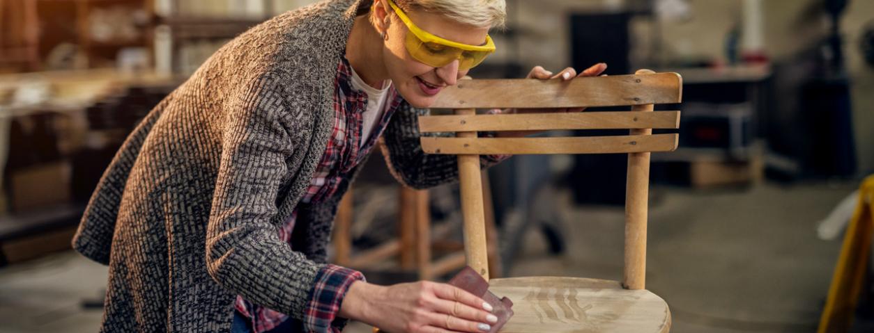 Les bricoleuses comment r parer un meuble en bois - Comment reparer un meuble en bois ...