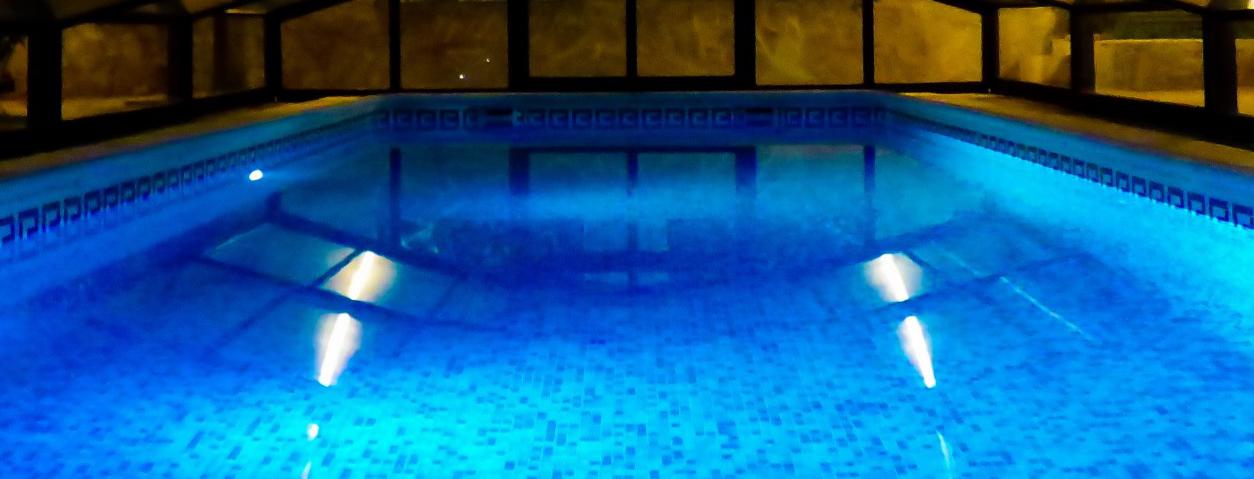 Entretien abri de piscine